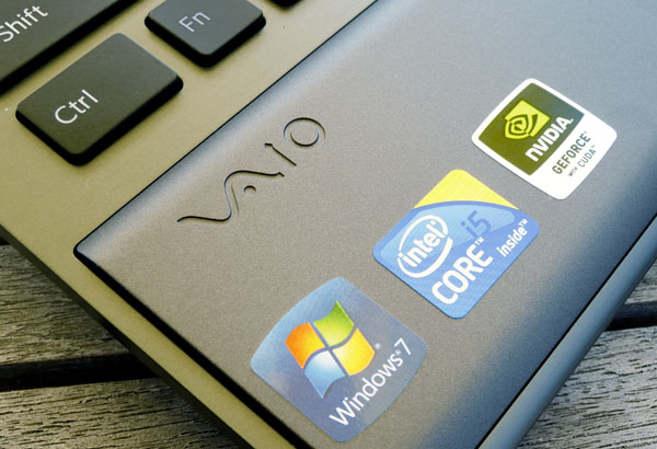 This Sony VAIO replaced my ill-fated Dell M1330.